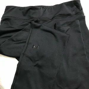 Under Armour Black Workout/Leggings, size LG/G